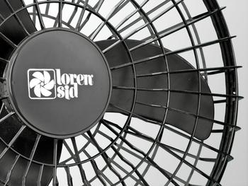Ventilador de Teto Loren Sid Orbital 50cm Bivolts Preto - Rotação em 360° Grade Plástica (OCP-0005)