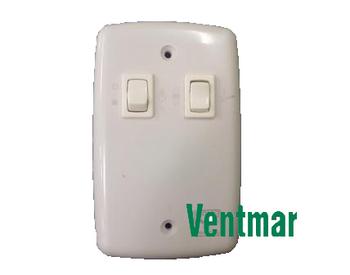 Chave para Ventilador de Teto com 2 Teclas 1 T Liga 1 Lampada e 1 T Liga a Reversão Bivolt