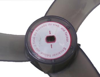 Helice para Ventilador Tron 60cm Coluna ou Parede 3Pas Cinza Modelo Slim Atual - Eixo 10mm Ponta c/2 Fresas no Centro (2 Meia Luas) Fixada sob/Pressao
