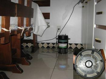 Mata Mosquito V-MART 220v26w - Armadilha Luminosa Mata Insetos - Mata Mosquito da Dengue e Zika - Ec