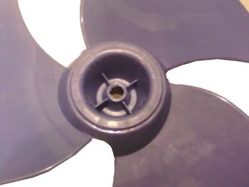 Hélice para Ventilador ARNO 40cm 3Pás Azul - Arno FD-40 VERSATILE Antiga - Furo 14mm - Trava Pressão - Hélice Ventilador Arno 40cm FD-40 Versatile Ant