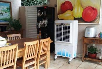 Climatizador de Ar Evaporativo Portátil 70LT 127v MC70 Mega Brisa 250w Vazão 7000m3h Atende até 50/8